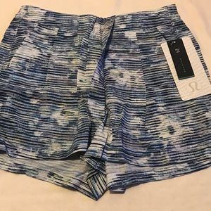 NWT Lululemon &Go Keepsake Short-Size 4